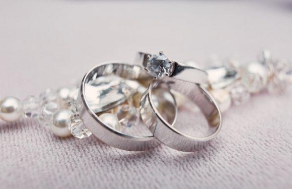 Gør din kedelige stil mere spændende med smykker