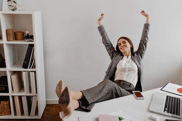 kvindelig kontorstol