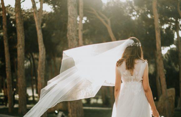 Vær velklædt fra inderst til yderst med lækkert brudelingeri
